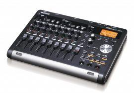 Tascam DP-03SD 8-sávos digitális portastúdió