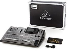 Behringer X32 digitális keverő + profi hordtáska